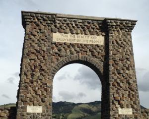 Yellowstone Roosevelt Arch in Gardiner