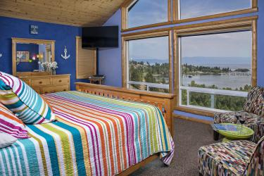 king bed, view of Flathead Lake
